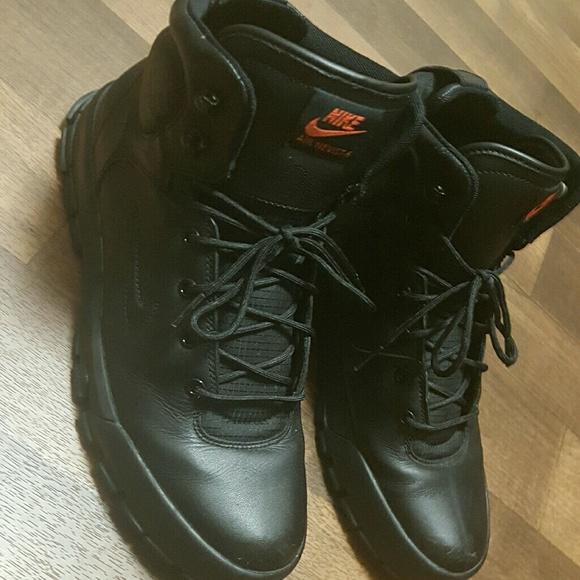check out 93f43 49661 Mens NIKE AIR NEVIST 6 ACG Boots Mens Size 9.5. M58ddd258bf6df5de6301833a