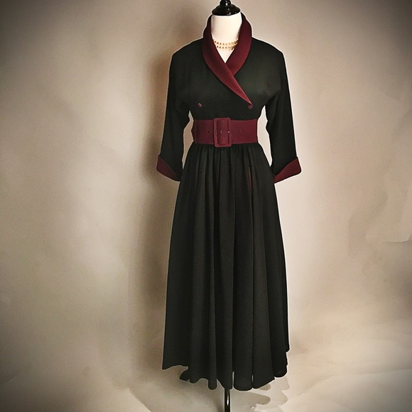 788543bfa9d Droopy and Brown Dresses   Skirts - MOVING SALE Rare Elegant Fit and Flare