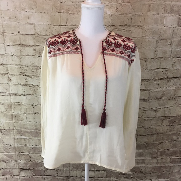 784ac51668c085 MNG by Mango Embroidered boho top