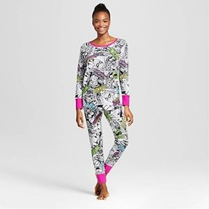 Women's Marvel Avengers 2-Piece Thermal Pajama