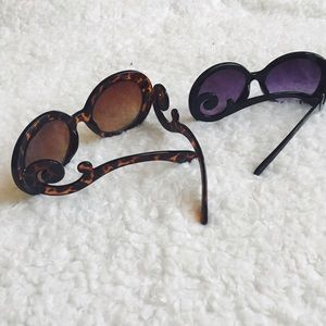 hepburn • baroque swirl sunglasses in black