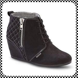 BONGO Shoes - Bongo Black Kedzie Wedge Shoes