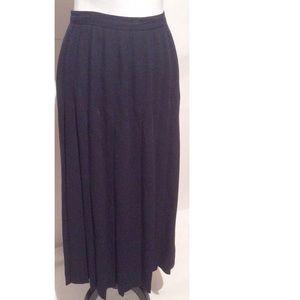 Vintage Pleated Skirt 10