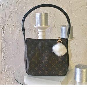 Louis Vuitton Handbags - 💯% Authentic Louis Vuitton looping mm shoulderbag