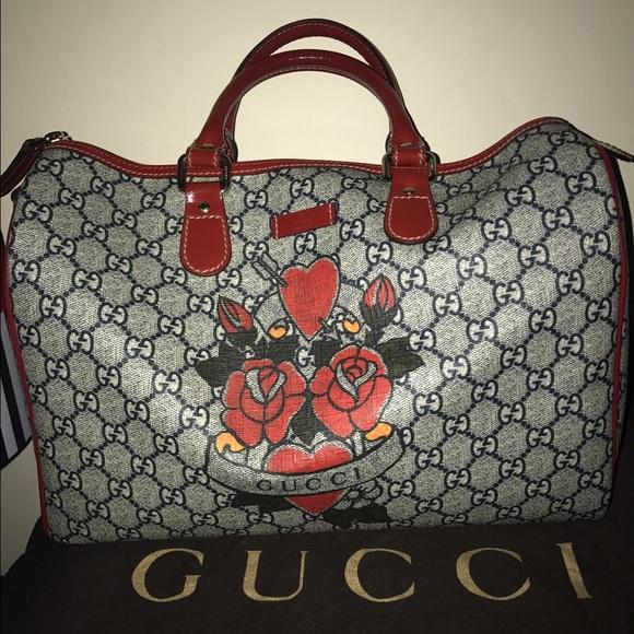 5abedfee766 Gucci Handbags - Gucci heart tattoo roses