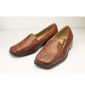 Trotters Brown Leather Woven Loafer