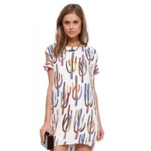 Dresses & Skirts - White cactus print dress