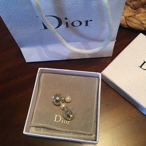 Flash sale! Christian Dior miss en dior earrings