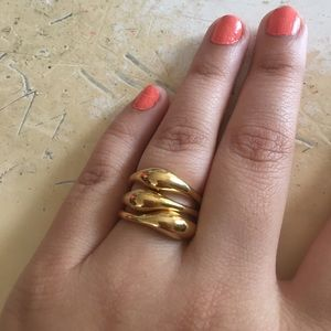 Ann Taylor Jewelry - Beautiful gold rings :) Ann Taylor🎀