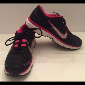Nike Dual Fusion with Stability Support