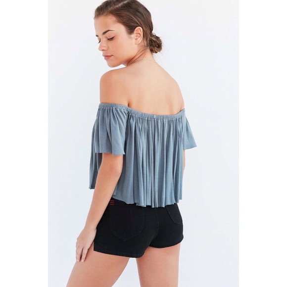 b9ce9acd8f6ba  truly madly deeply  lola off-the-shoulder top