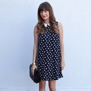 Forever 21 Dresses & Skirts - Daisy Print Dress - Size Small