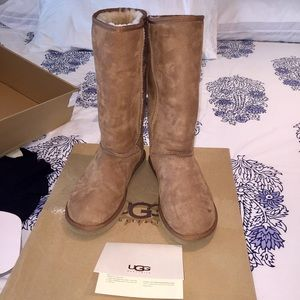Authentic Class Tall UGG Chestnut Boots