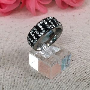 Jewelry - Black and White Austrian Crystal Stainless Band