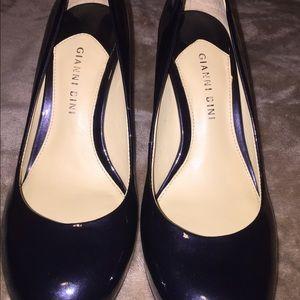 Gianni Bini Shoes - NWOT Gianni Bini Patent Leather Heels