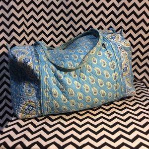 "Vera Bradley ""Bermuda Blue"" travel bag"