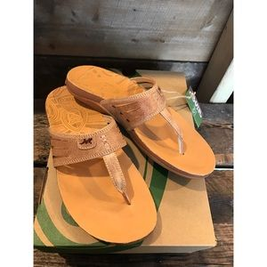 Chaco Shoes - 🆕 Chaco Sansa Leather Sandals