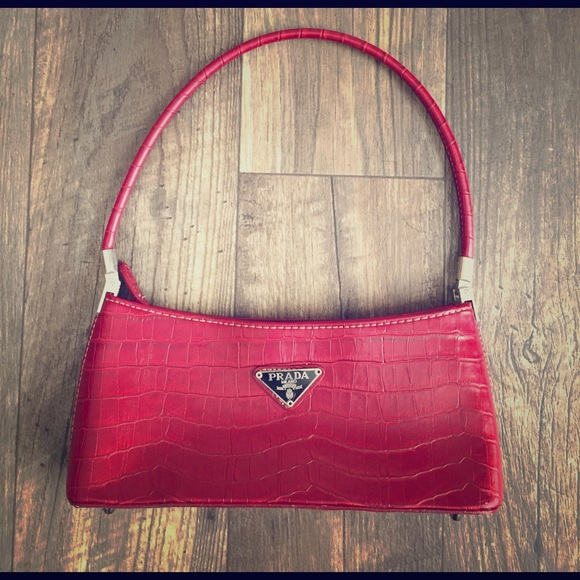 Prada Milano Dal 1913 Red Croc Handbag. M 58deac03eaf030d6d20023eb e7a472c763a92