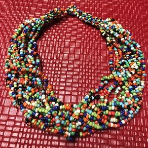 Jewelry - Vintage hand knotted beaded necklace.  Firm