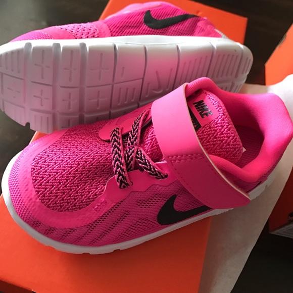 7a7c0b7efcd5 Nike free 5 toddler girl 7C pink