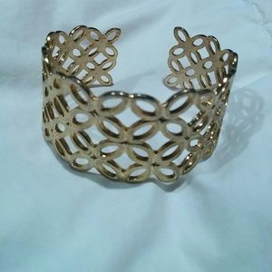 Banana Republic morracan gold cuff