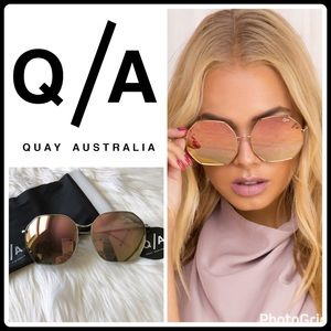 Quay Australia Accessories - JUST IN 🆕 KISS AND TELL MIRRORED SUNNIES