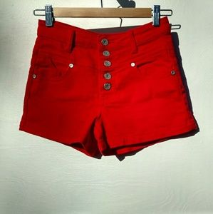 Almost Famous Pants - Almost Famous 5 button shorts