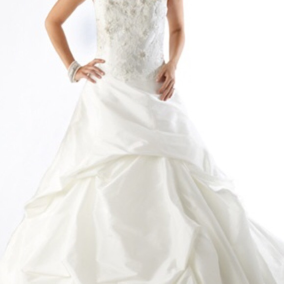 "kirstie kelly Dresses & Skirts - Wedding Dress - Kirstie Kelly ""Topaz"""