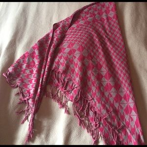 Accessories - Houndstooth Pink & Grey Scarf