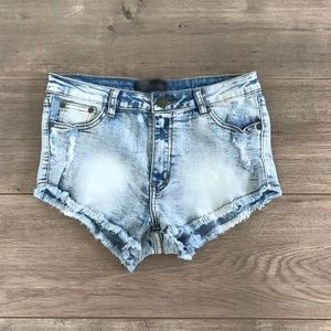 """Boutique Pants - """"Meet me at Rodeo Drive"""" frayed denim shorts"""