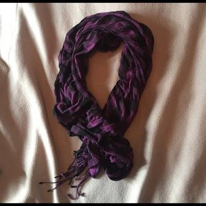 Accessories - Crinkled Ruched Purple & Black Plaid Scarf