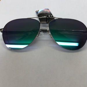 Accessories - Aviator Mirrored Sunglasses