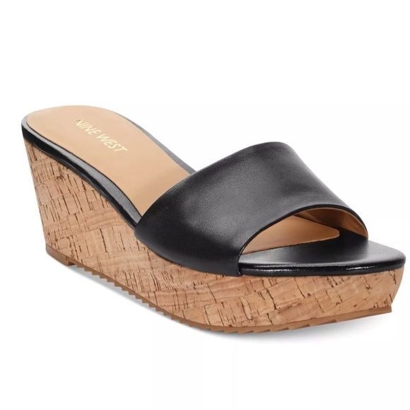 fef305f474d Nine West Black Platform Slide Sandals 8 1 2. M 58f999c678b31c363e04cffb