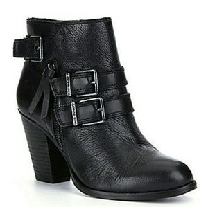 Gianni Bini Shoes - NWT Gianni Bini black Westonn style booties
