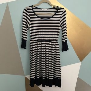 Reborn J Dresses & Skirts - Long sleeve navy and white striped dress