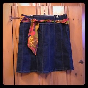 Dresses & Skirts - 🌻flash sale🌻 Denim skirt