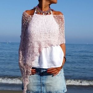 Other - 💕HOST PICK💕Handmade Knitted top Poncho