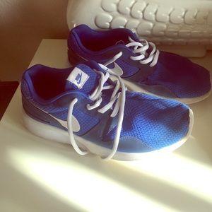 Nike Other - Nike Kaishi GS Blue White Youth Boys sz 6Y