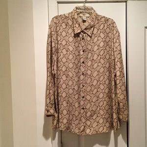 Nexx Tops - Ladies cream 100 silk blouse w snakeskin print 1x
