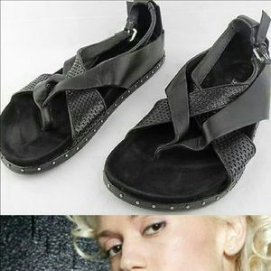 LAMB bellatrix black flats