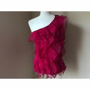 bebe Tops - ONE SHOULDER LACE FUCHSIA TOP
