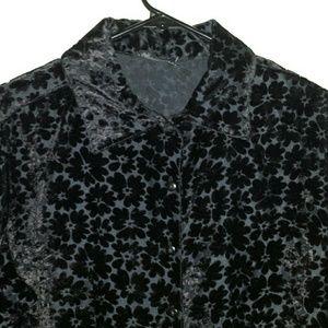 Passport Tops - Cute velvet witchy 90s black daisy top