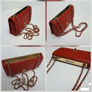 100% authentic Chanel Lamb skin wallet on chain
