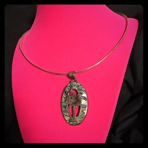 Jewelry - VTG Silver Abalone Necklace