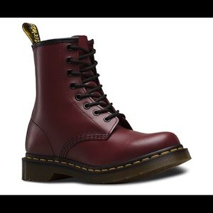 Dr Marten 1460 burgundy cherry maroon lace boots