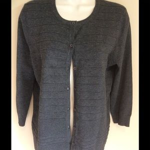 Cable & Gauge Sweaters - Charcoal Gray cardigan button down women medium