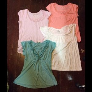 Tops - Lot of 4 jersey tops. Size medium.