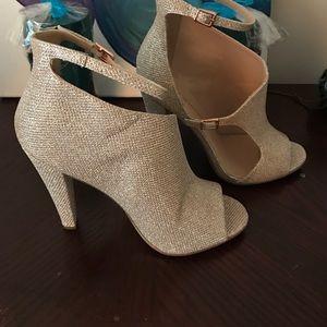 Little Mistress Shoes - Little mistress cut out peep toe heel