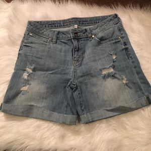 Jennifer Lopez Pants - Jennifer Lopez Light Wash Denim Boyfriend Shorts