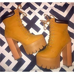 Bumper Shoes - Platform Timberland Style Boot ❤️ Size 7